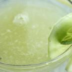 Сокът от краставица успокоява кашлицата при хронични бронхити