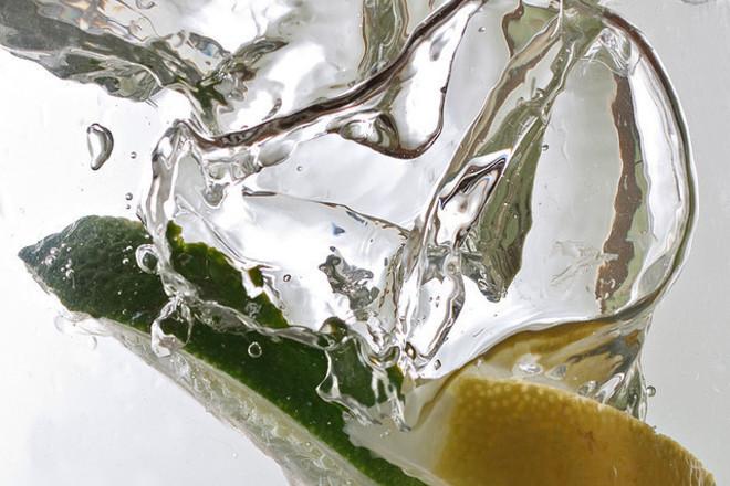 Защо е важно да пием повече вода по време на диета