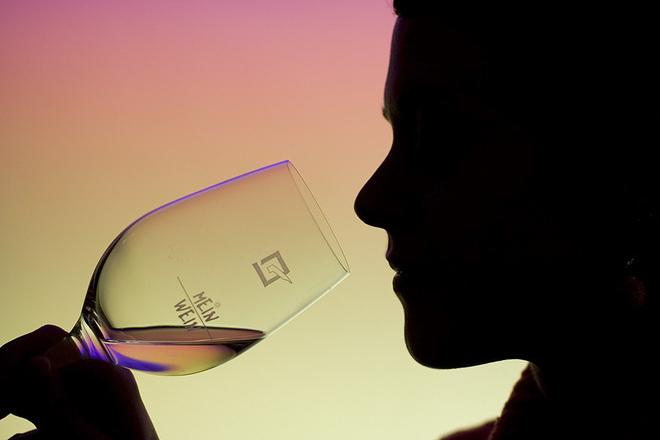 Алкохолът в края на работния ден - подтиква ли ни към по-голяма консумация на храна