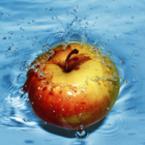 Здравословното действие на ябълката е най-вече в кората й