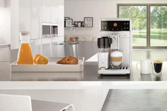 Напълно автоматични кафе машини правят 16 различни кафе напитки