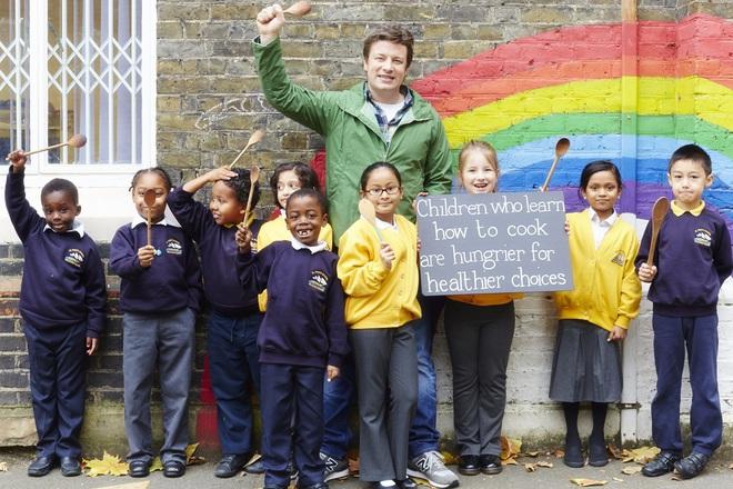 Джейми Оливър ще се опита да постави нов световен рекорд с Food Revolution