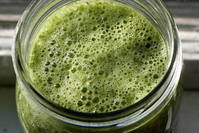Пречистване на организма с краставици, джинджифил и магданоз