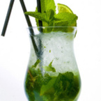 Топ 10 нискокалорични коктейли за лятото