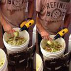 Как да обелите ябълки за секунди с бормашина