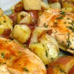 Пилешки филенца с пресни картофи на фурна