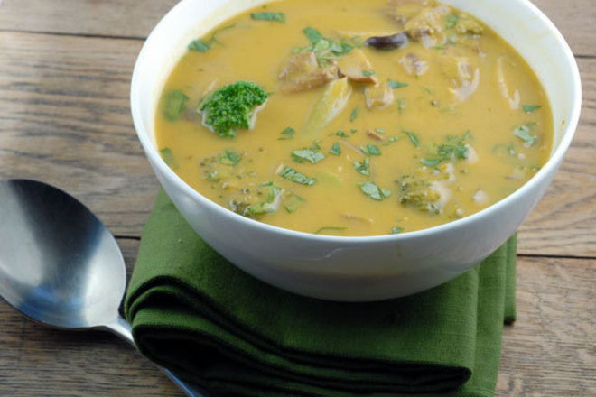 Гъбена супа с броколи