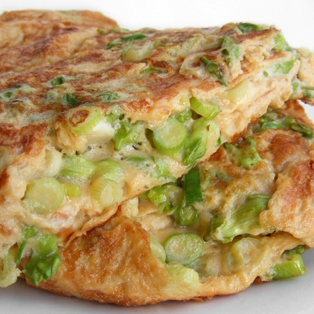 Large omlet s presen luk i kashkaval