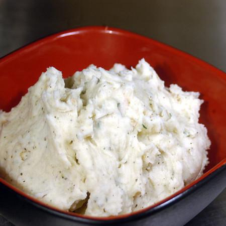 Large salata snezhanka