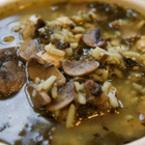 Пилешка супа с ориз и гъби
