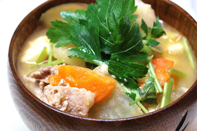 Свинско варено със зеленчуци