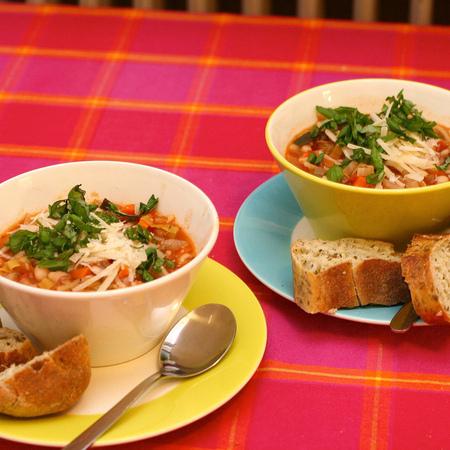 Large minestrone po milanski