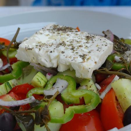 Large gratska salata s cheren piper
