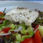 Гръцка салата с черен пипер