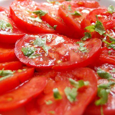 Large salata ot domati