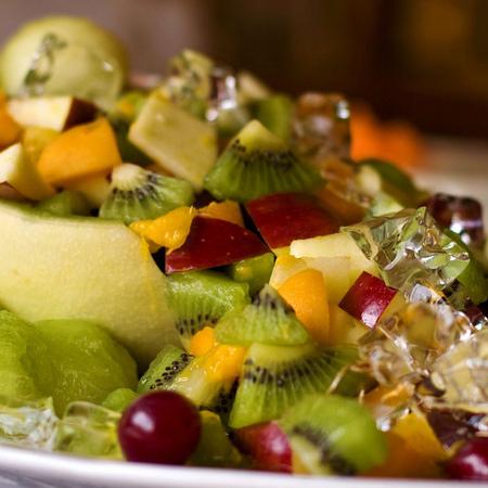 Large plodova salata s kivi