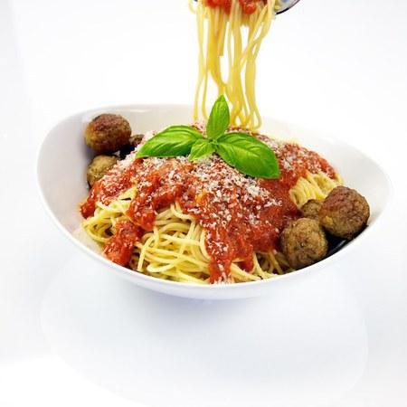 Large spageti s kyuftentsa