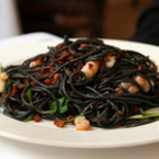 Черни спагети със скариди