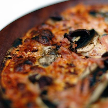 Large pitsa kaprichoza