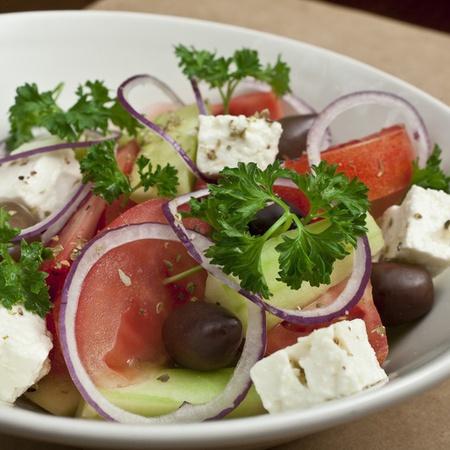 Large gratska salata