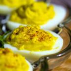 Пълнени яйца със сирене