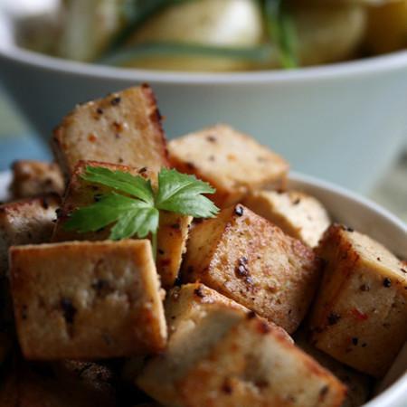 Large pecheno tofu