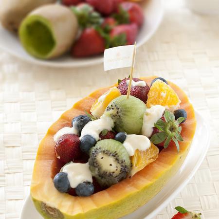 Large plodova salata v papesh