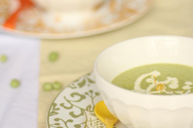 Крем супа от грах с яйце