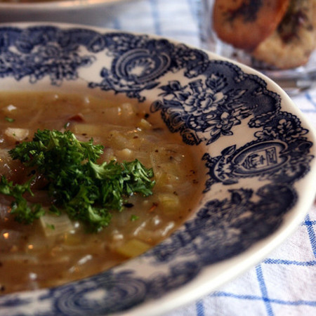 Large luchena supa