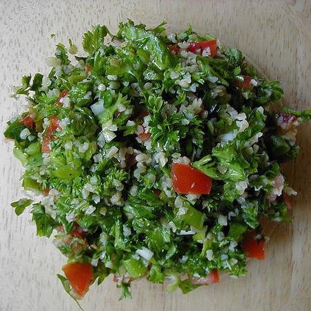 Large salata tabule