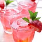 Студен чай с ягоди