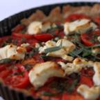 Пица с домати и сирене фета