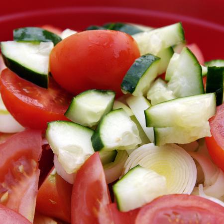 Large salata ot tri zelenchuka