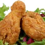 Панирани печени пилешки бутчета