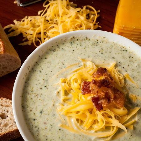 Large pikantna krem supa