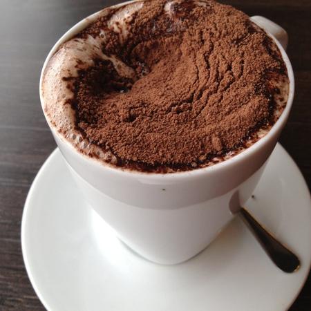Large topal shokolad s rom