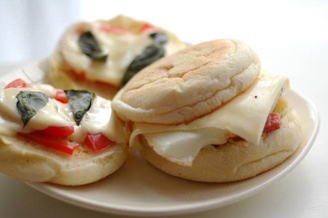 Сандвичи с босилек