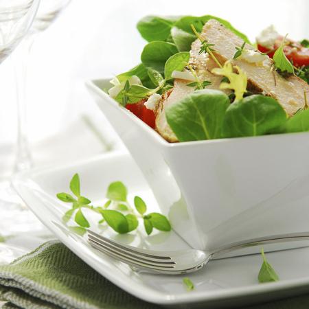Large svezha salata s pile