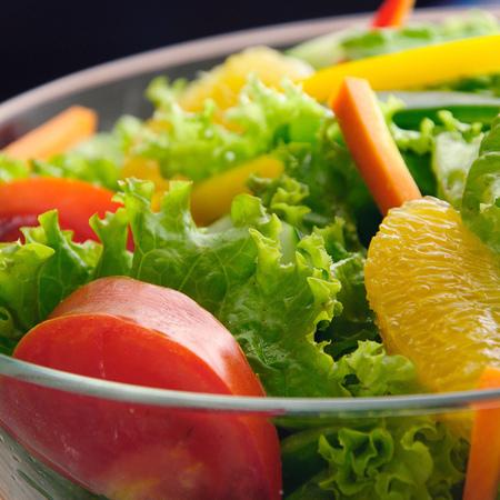 Large zelena salata s portokali