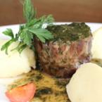Еленско месо с билки
