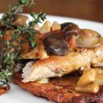 Филе от фазан с горски гъби и рьощи от тиквички