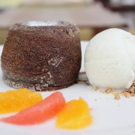 Large shokoladovo sufle s kuvertyur