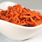 Салата от моркови с цвекло
