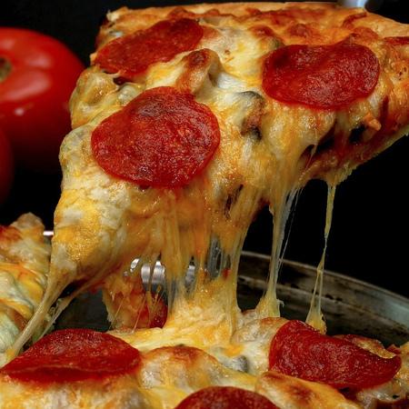 Large pitsa peperoni