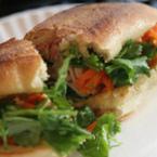 Сандвич с моркови и магданоз