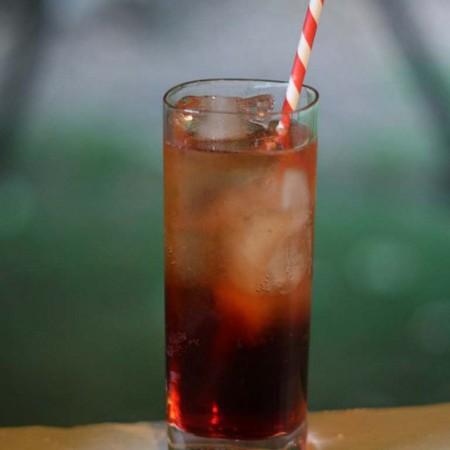 Large kokteyl americano