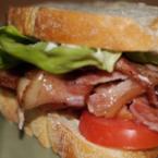 Сандвич с бекон