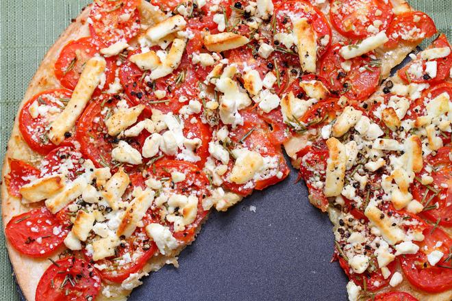 Доматена пица