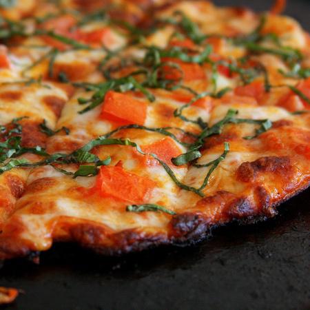Large pitsa s morkovi