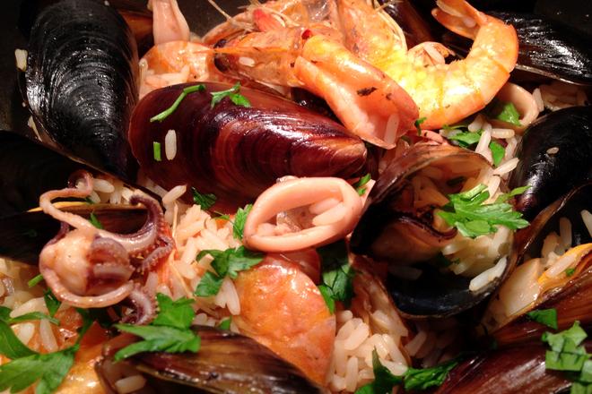 Морски дарове с ориз